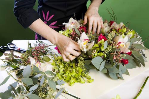 Как составить букет из живых цветов самому